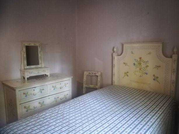 Mobília de quarto alentejana