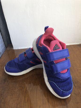 Кроссовки adidas на девочку . 27 размер.