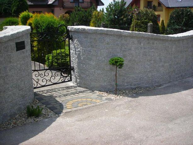 Ogrodzenie płot z granitu usługi koparką ładowarką kostka brukowa mur
