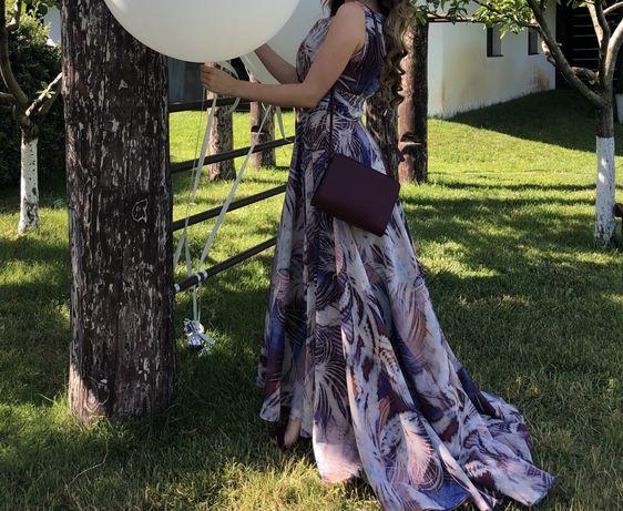 Платье вечернее в пол от бренда ODRELLA