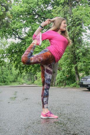 Инструктор тренер по йоге, стретчингу