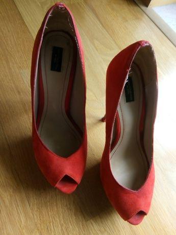 Vendo Sapatos vermelhos, n. 38