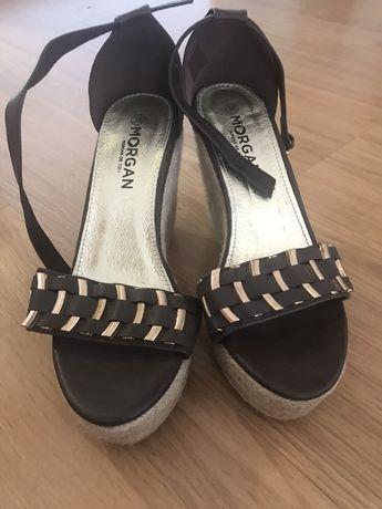 Sandálias de Cunha Morgan castanhas e douradas