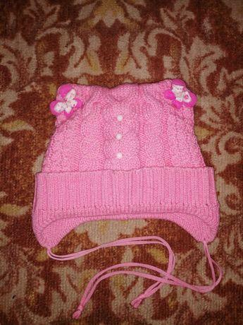 Зимняя шапка для девочки на 3-4 года.
