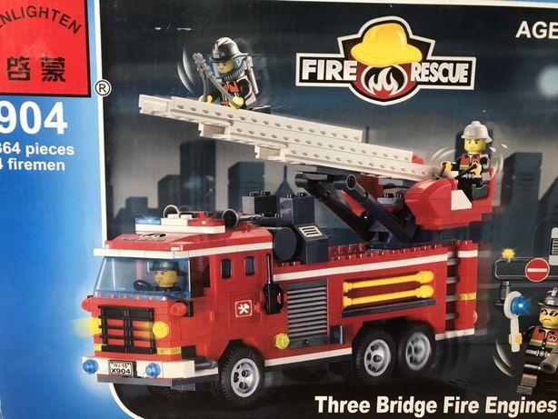 Конструктор лего Lego пожарная машина новый