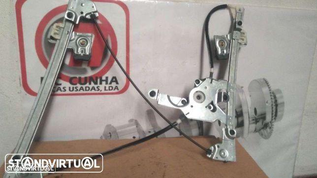 Elevador Eletrico sem motor Skoda Oktavia MK1 frente direito - NOVO