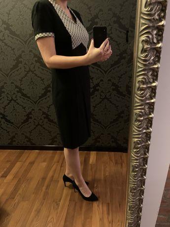Nowa olowkowa sukienka Molton