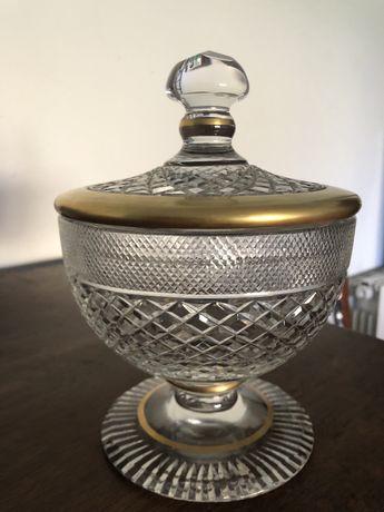 Taça cristal com risca dourada
