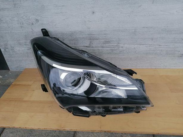 Lampa prawa Toyota Yaris 3 III Lift Oryginał