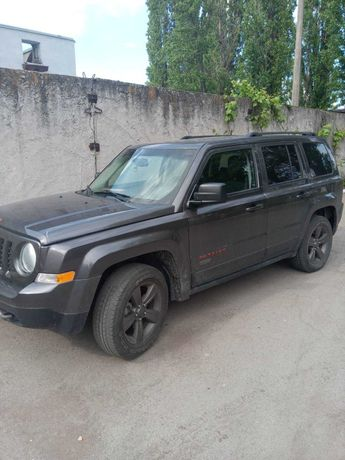 Автомобиль Jeep Patriot 75TH Anniversary Edition
