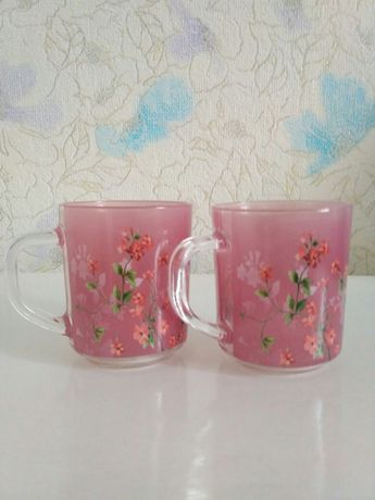 Новые стеклянные цветные чашки