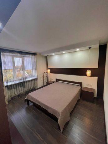 Сдам небольшую 2 комнатную квартиру в центре на Базарной/парк Шевченко