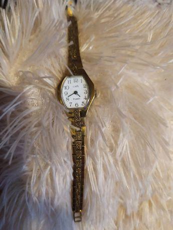 """Продаю женские часы """"луч"""""""