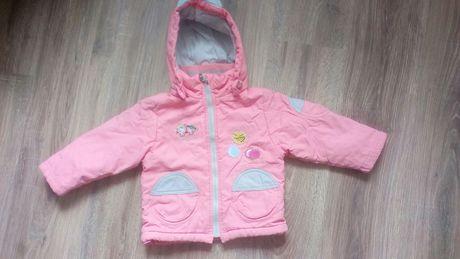 Куртки на дівчинку
