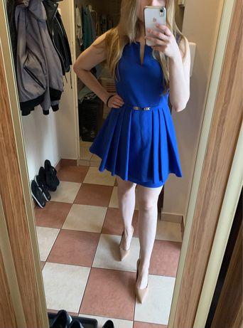 Niebieska sukienka baskinka 36/38