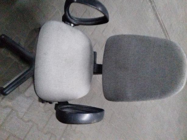 krzesło komputerowe szare