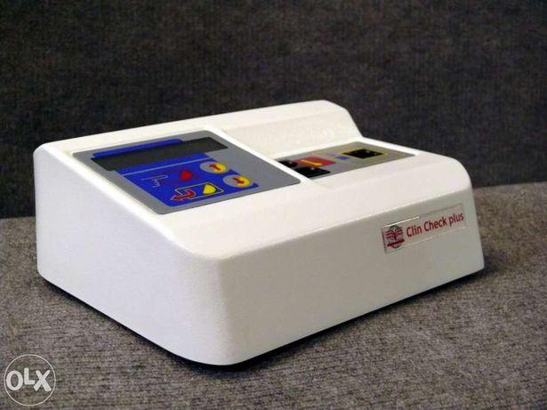 Analisador de sangue modelo RM2020 - Clin Check Plus marca BSI