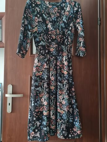 Sukienka zwiewna wzorzysta