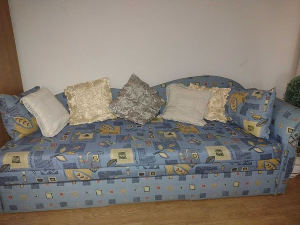 Sprzedam 2 łóżka rozkładane