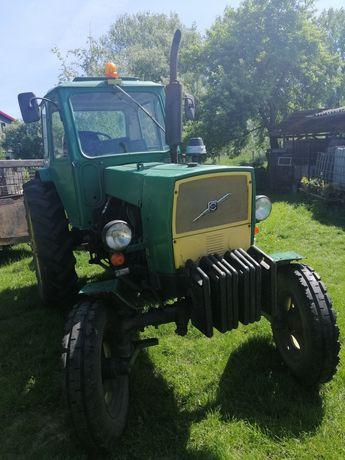 Traktor JUMZ 6M