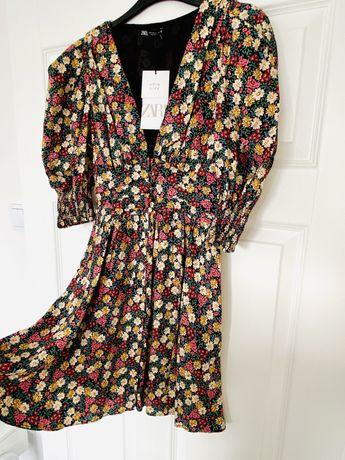 ZARA S sukienka w kwiaty wiosenna poduszki