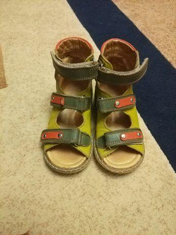Ортопедичні сандалі Ecoby