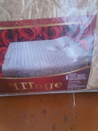 Новый Комплект накидка на кровать и 3 подушечки