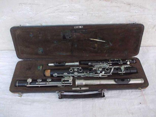 Przedwojenne drewniane flety poprzeczne 2 sztuki komplet V.KOHLERT
