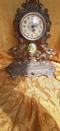 Relógio com anjos