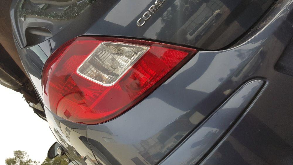 Farolim esquerdo Opel corsa D