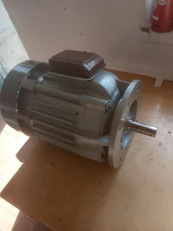 Електродвигун 2квт, 1500 об
