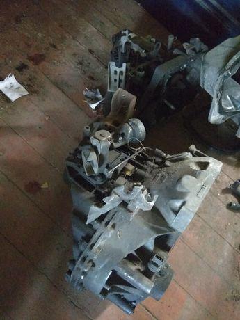 Мкпп DWG Audi A4 B5 Разборка  Ауді a4 б5 КПП АКПП двигун Кронштейн