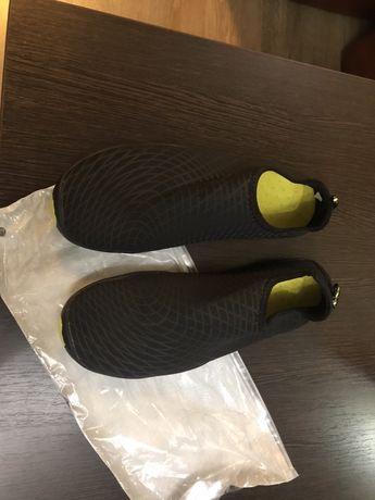 Обувь для плавания, крассовки для отдыха на природе