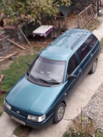 Автомобиль Lada 20111