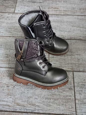 Зимние  Ботиночки сапожки для девочек 28 раз. 17,5 см стелька