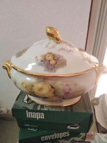 Jarra porcelana decorativa