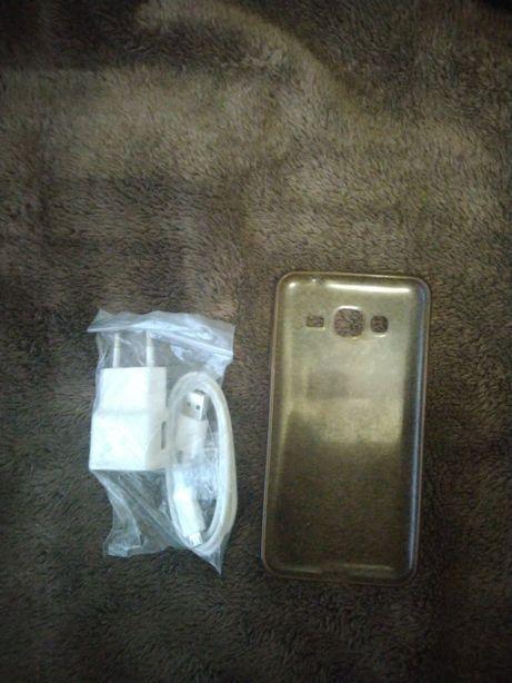 Продам зарядное устройство для Samsung J3+ силиконовый чехол