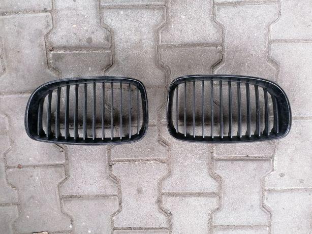 BMW serii 1 E81 E82 E87 kratka atrapa nerka grill 04-08