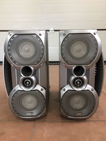 Kolumny głośnikowe firmy JVC