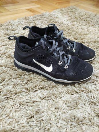Кросівки Nike 38р