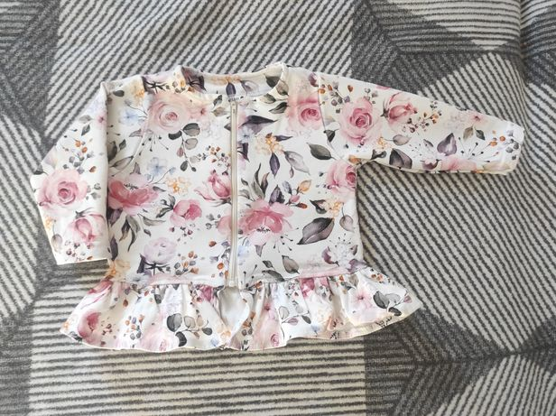 Bluza w kwiaty dla dziewczynki