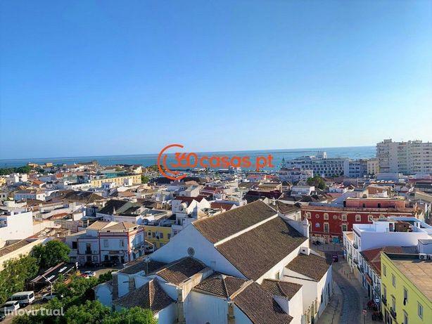 Apartamento T3 com vista mar no Centro de Faro
