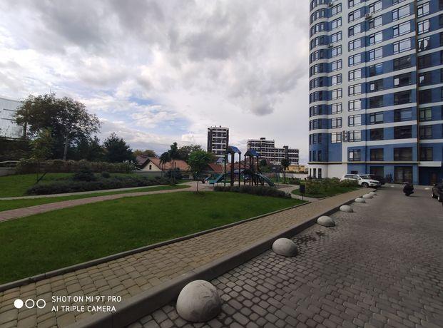 Простора дворівнева квартира в новобудові по вул. Кульпарківська.Парус
