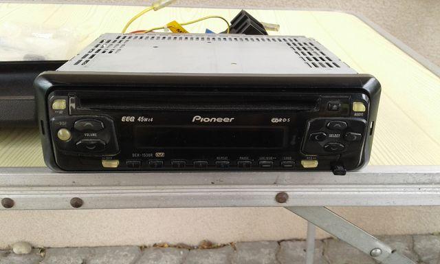 Radioodtwarzacz CD samochodowy Pionner