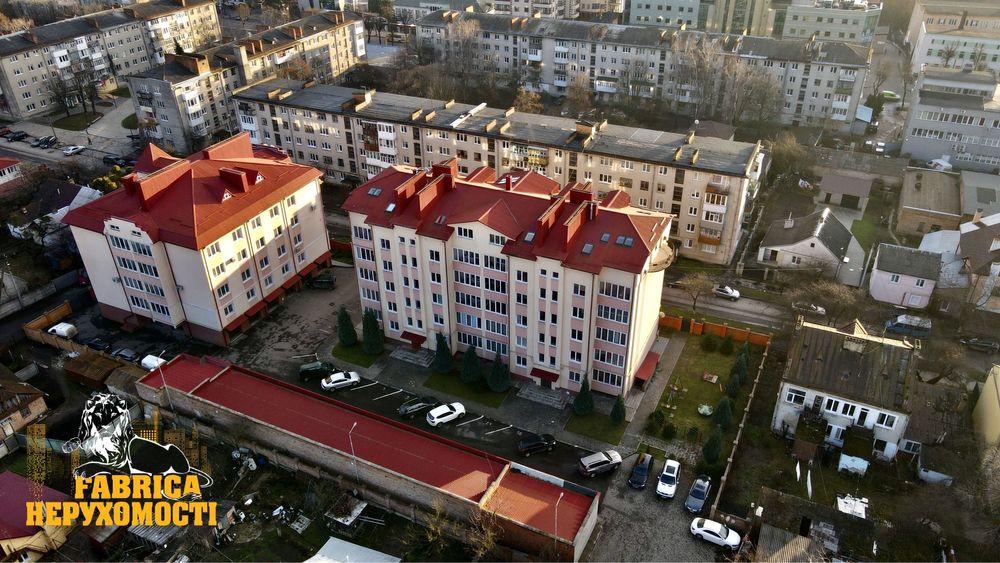 Ексклюзивна квартира в центрі міста Луцк - изображение 1