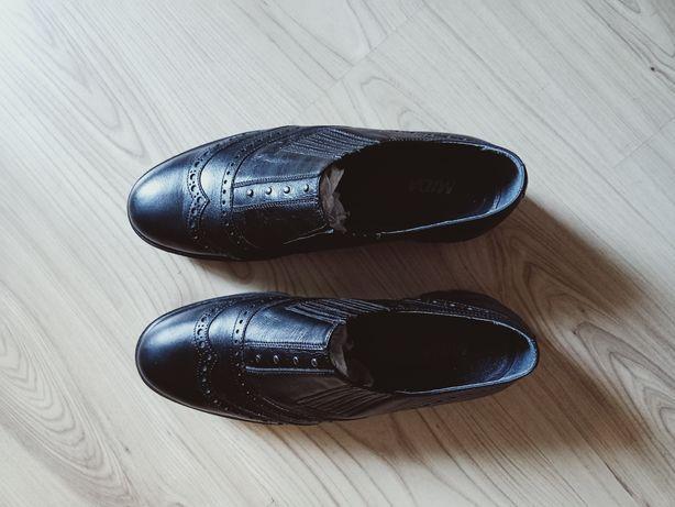 Туфли женские кожаные 41 размер.