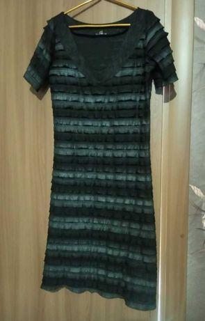 Продам  женское летнее платье 42-44 розмер