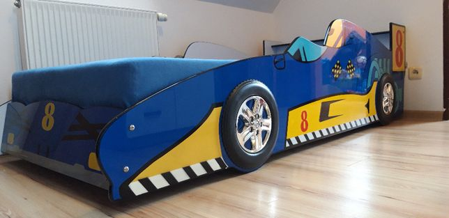 Łóżko dziecięce - wyścigówka (rozm. materaca 90x200) ze sklepu AGATA