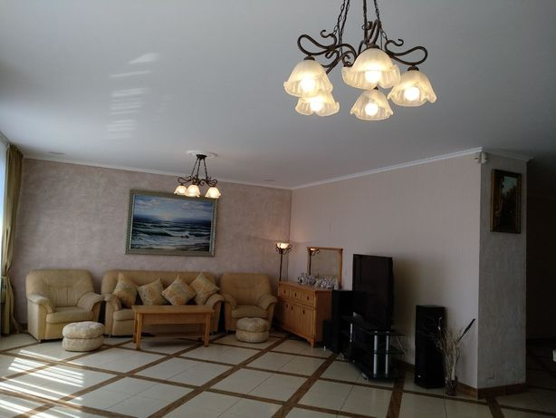 Продам 6-ти комнатную квартиру в элитном жилом комплексе Белый Парус