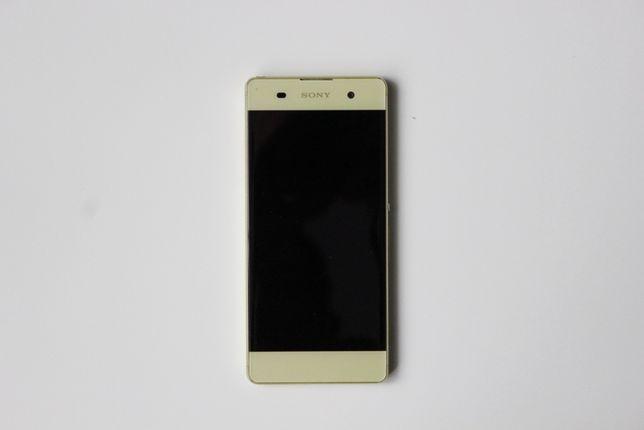 Смартфон Sony Xperia XA Dual F3112 Lime Gold + чехол Nillkin